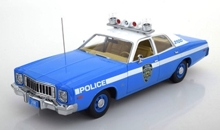 - 1/18 PLYMOUTH FURY NYPD 1975
