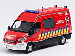 IVECO DAILY POMPIERS POLYVALENT  1/43