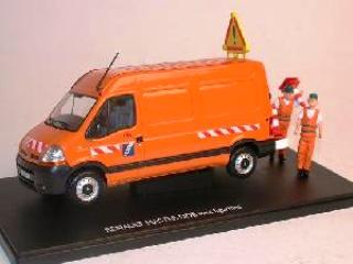 - 1/43 RENAULT MASTER DDE + OUVRIERS 1/43