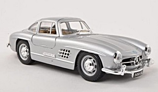 MERCEDES BENZ 300SL 1954 1/18